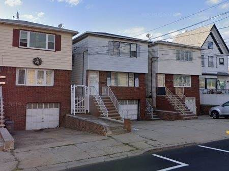 135 Avenue A, Bayonne, NJ 07002 (MLS #202020702) :: The Trompeter Group