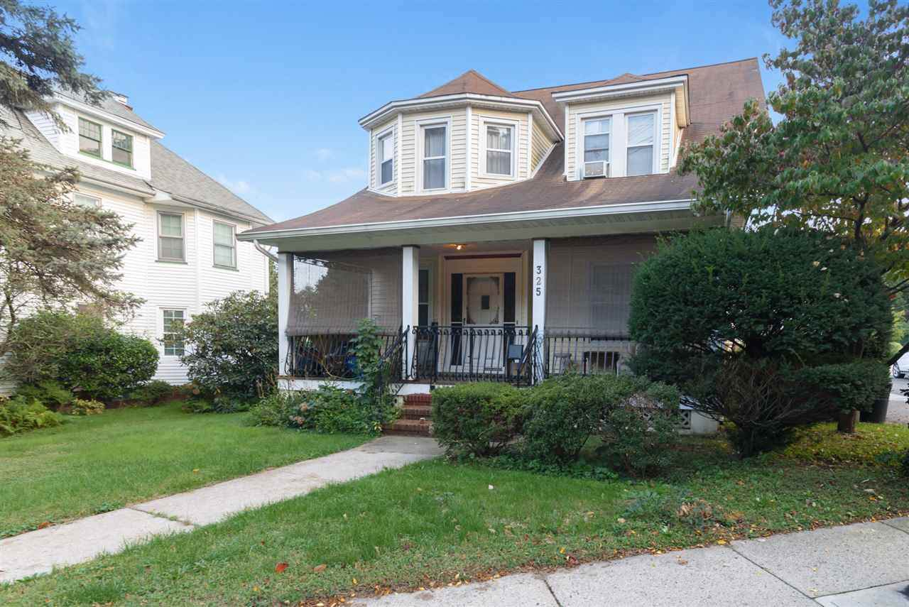 325 South Maple Ave - Photo 1