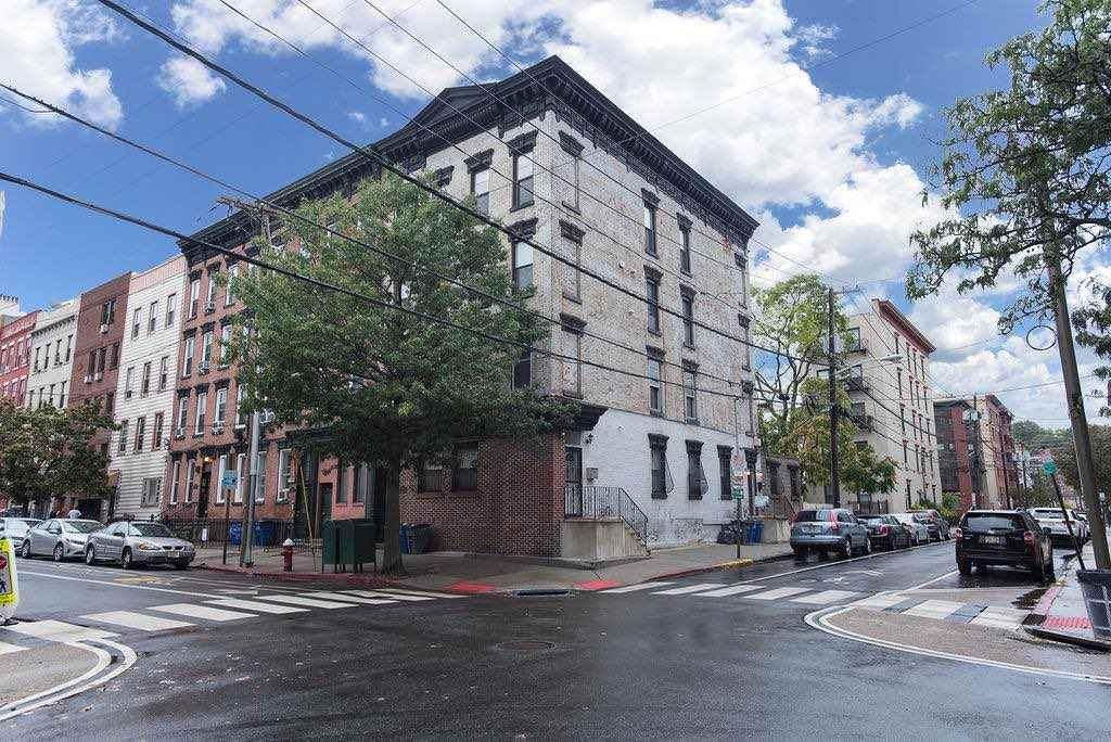 332 Madison St - Photo 1