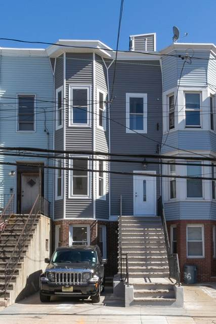 78 Baldwin Ave - Photo 1