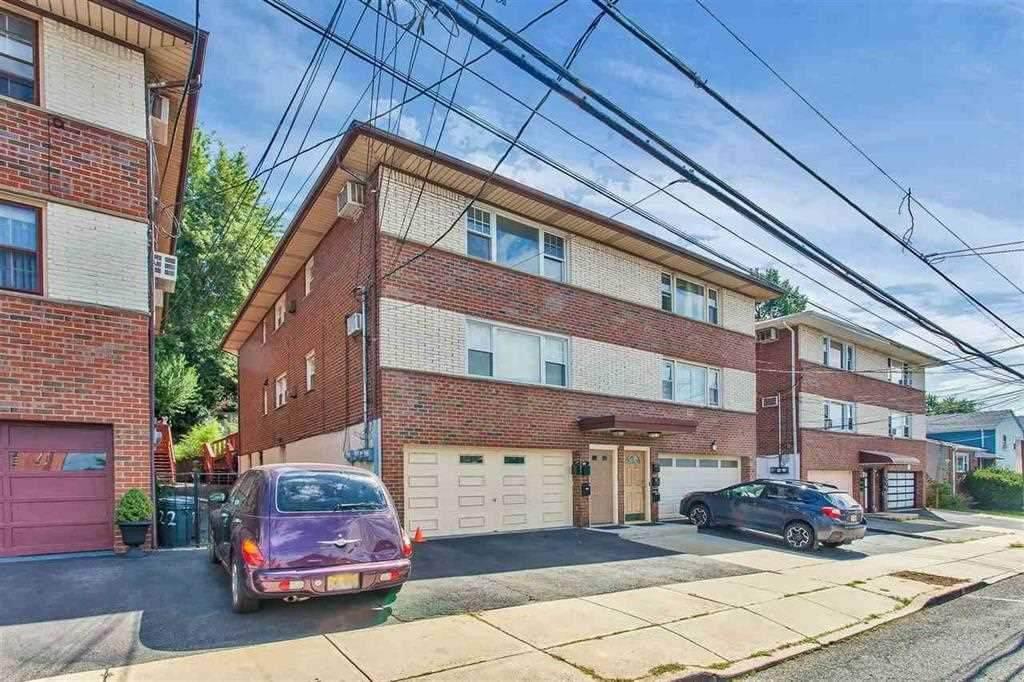 720 Liberty Ave - Photo 1