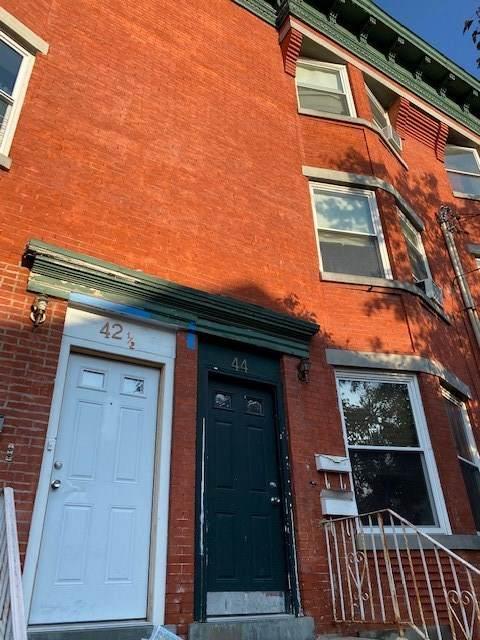 44 3RD ST #44, Newark, NJ 07108 (MLS #202023730) :: The Ngai Group