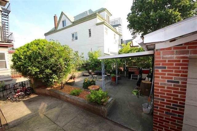 18 Bellevue St, Weehawken, NJ 07086 (MLS #202024975) :: The Dekanski Home Selling Team