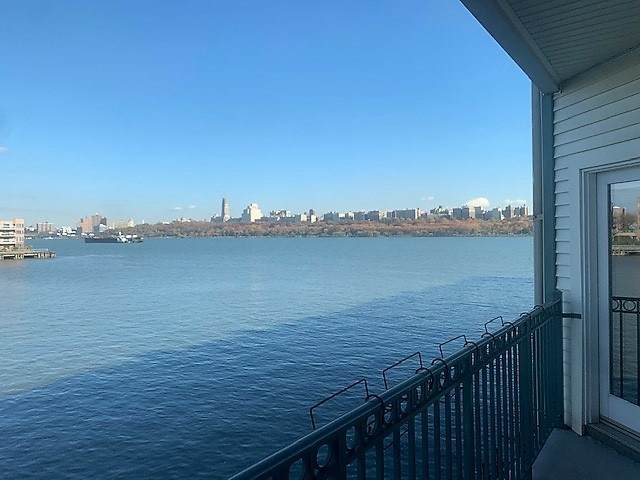 101 The Promenade #101, Edgewater, NJ 07020 (#202025938) :: Nexthome Force Realty Partners
