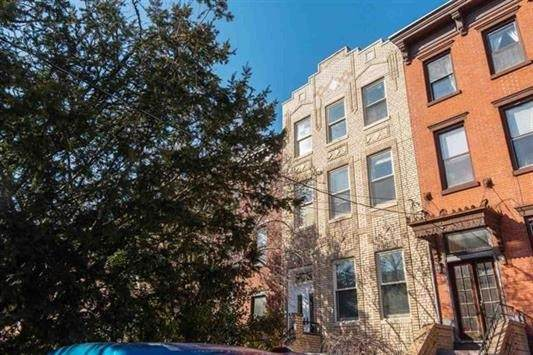 284 4TH ST, Jc, Downtown, NJ 07302 (MLS #202026286) :: The Trompeter Group