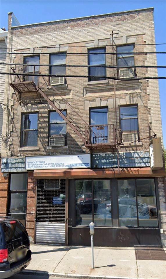 105 Frank E Rodgers Blvd S, Harrison, NJ 07029 (MLS #210000469) :: The Danielle Fleming Real Estate Team