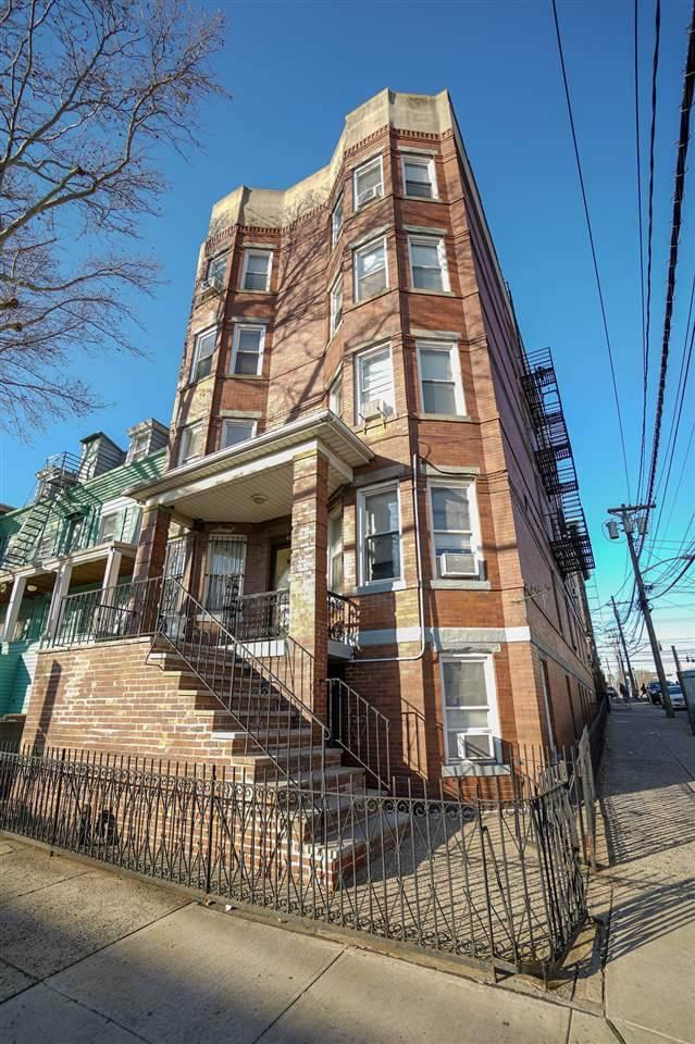 445 Ogden Ave - Photo 1