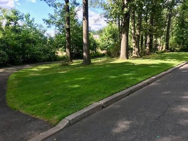 490 Highview Rd, Englewood, NJ 07631 (MLS #210001466) :: The Danielle Fleming Real Estate Team