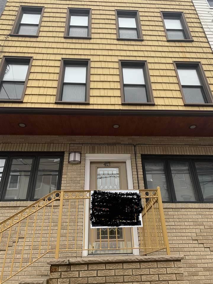413 Adams St - Photo 1