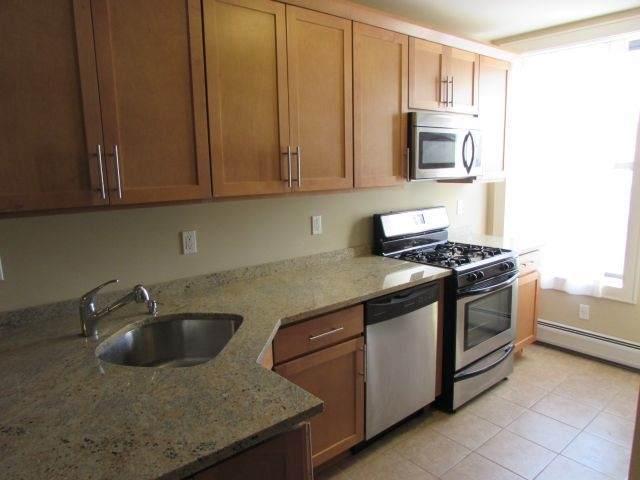 422 Bloomfield St 4L, Hoboken, NJ 07030 (MLS #210002337) :: Hudson Dwellings