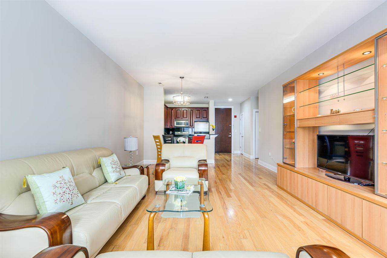 22 Avenue At Port Imperial - Photo 1