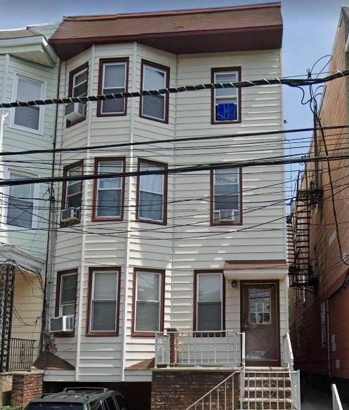 11 West 17Th St - Photo 1