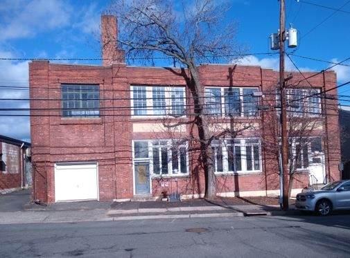 287 Laurel Ave - Photo 1