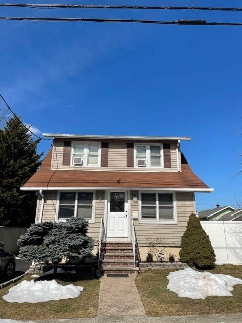 73 Levitt Ave, Bergenfield, NJ 07621 (MLS #210004805) :: Hudson Dwellings