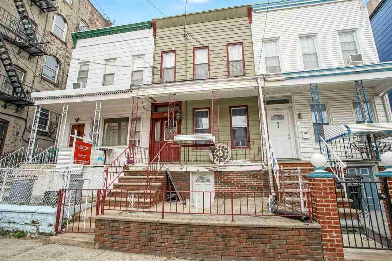 94A Linden Ave - Photo 1