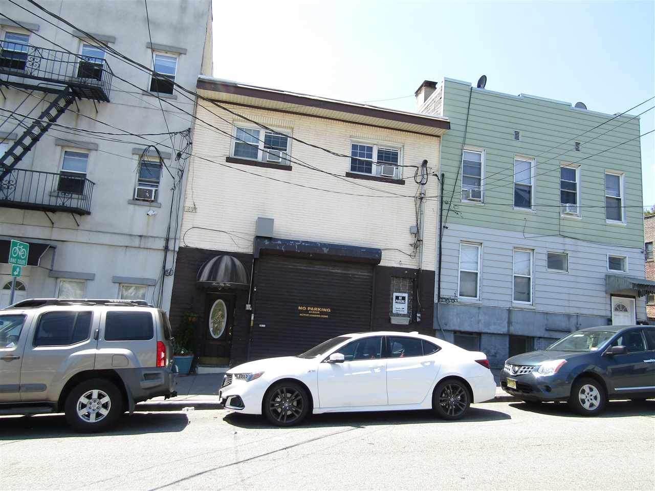 455 Pavonia Ave - Photo 1