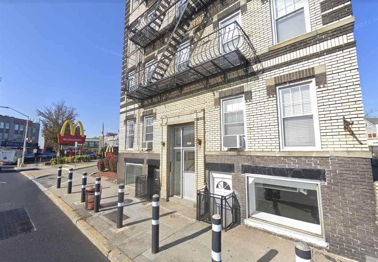3501 Kennedy Blvd - Photo 1