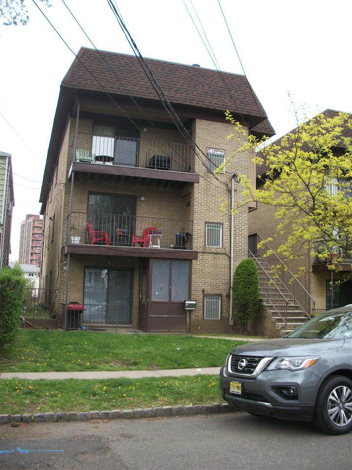 192 West 25Th St - Photo 1