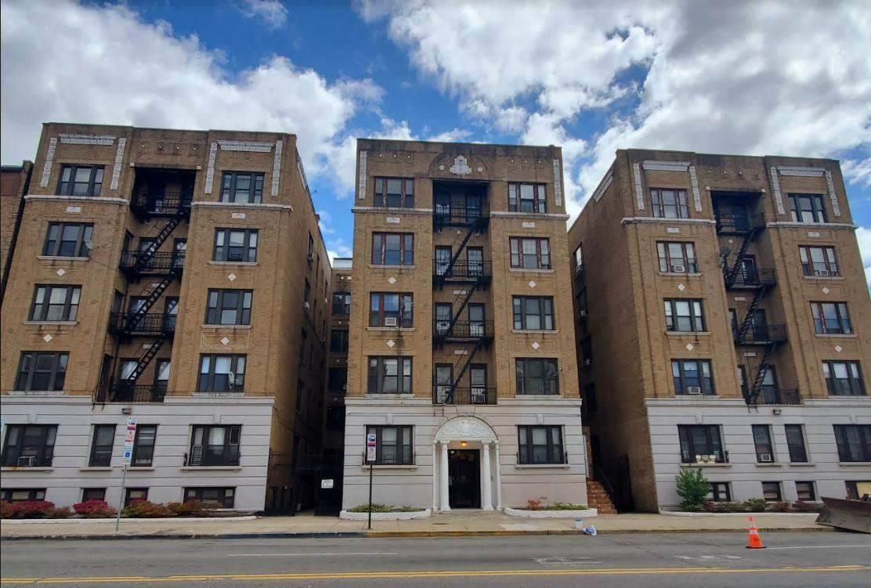 2672 Kennedy Blvd - Photo 1