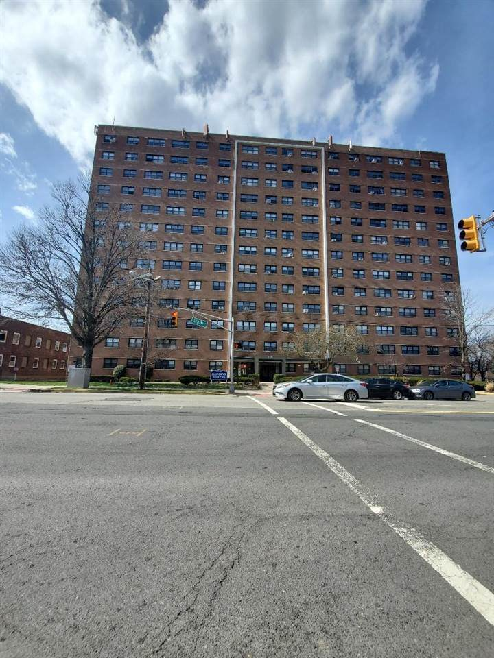 1225 Kennedy Blvd - Photo 1