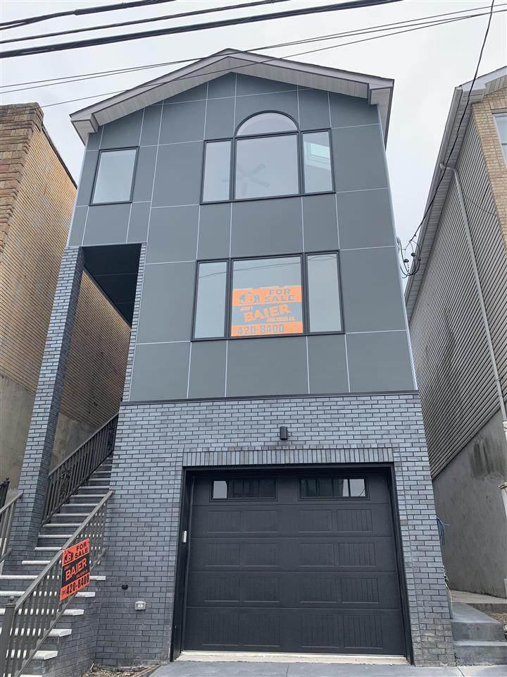 130 Terrace Ave - Photo 1