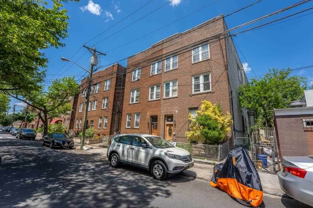 240 Clendenny Ave - Photo 1