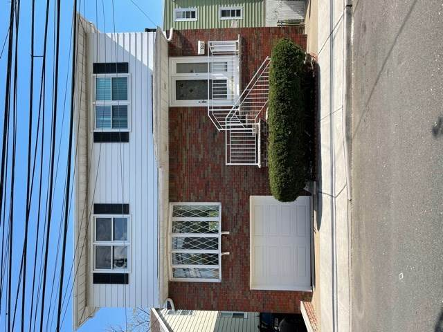 804 1ST ST, Secaucus, NJ 07094 (MLS #210014519) :: The Sikora Group