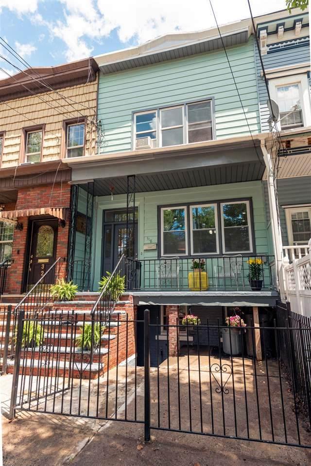318 Webster Ave, Jc, Heights, NJ 07307 (MLS #210014695) :: Hudson Dwellings
