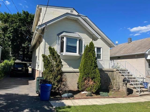 28 Emerson St, Ridgefield Park, NJ 07660 (MLS #210015559) :: The Sikora Group