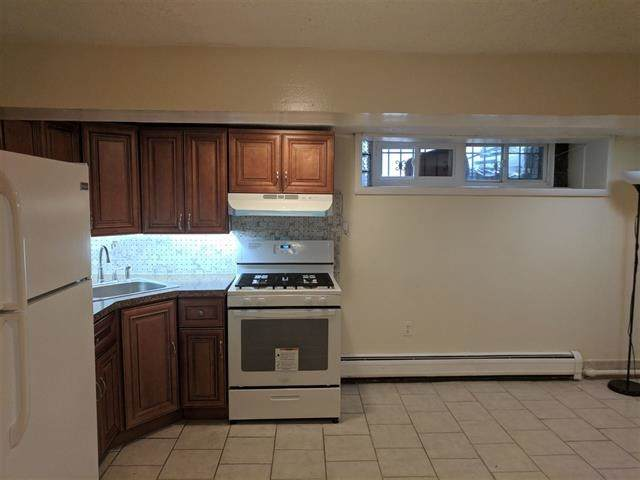 134 Gifford Ave - Photo 1