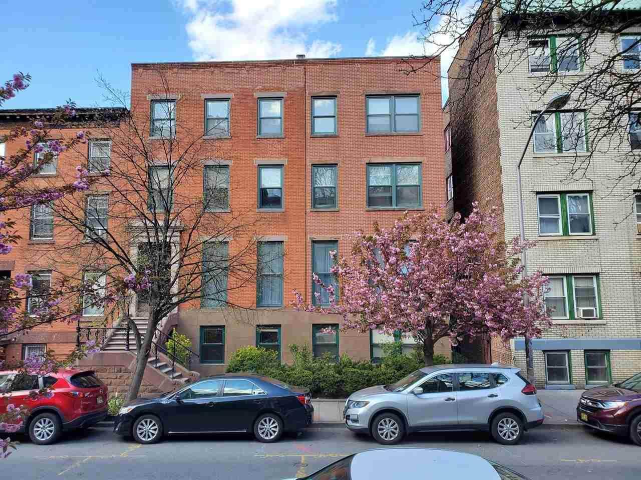 46 Mercer St - Photo 1