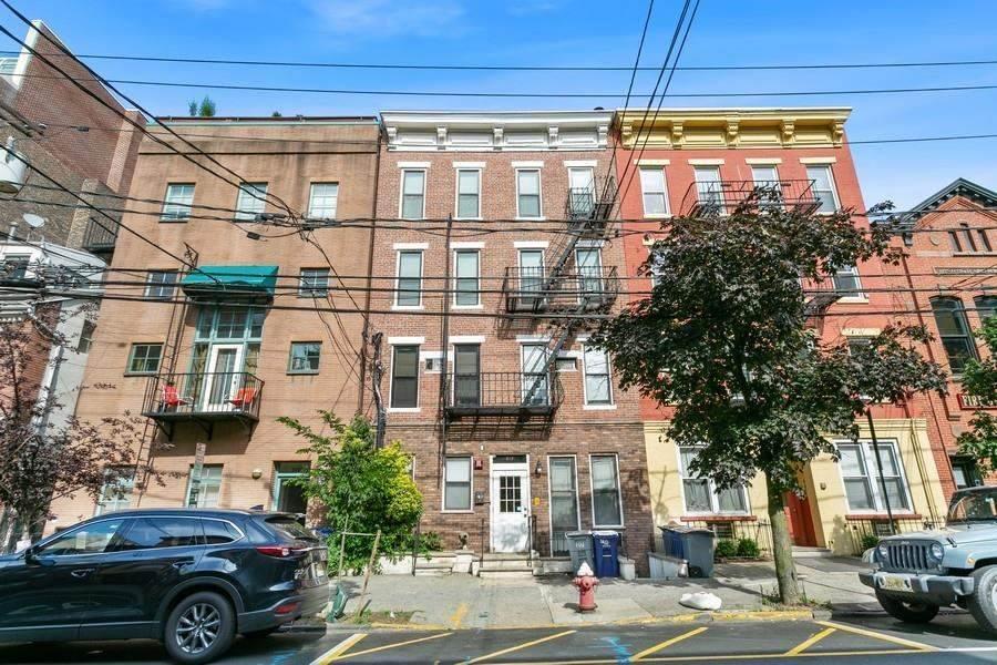 217 Bloomfield St - Photo 1