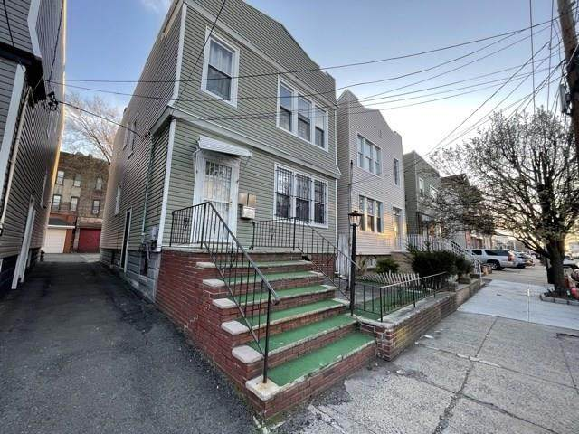 253 Lexington Ave, Jc, West Bergen, NJ 07304 (MLS #210017385) :: The Dekanski Home Selling Team