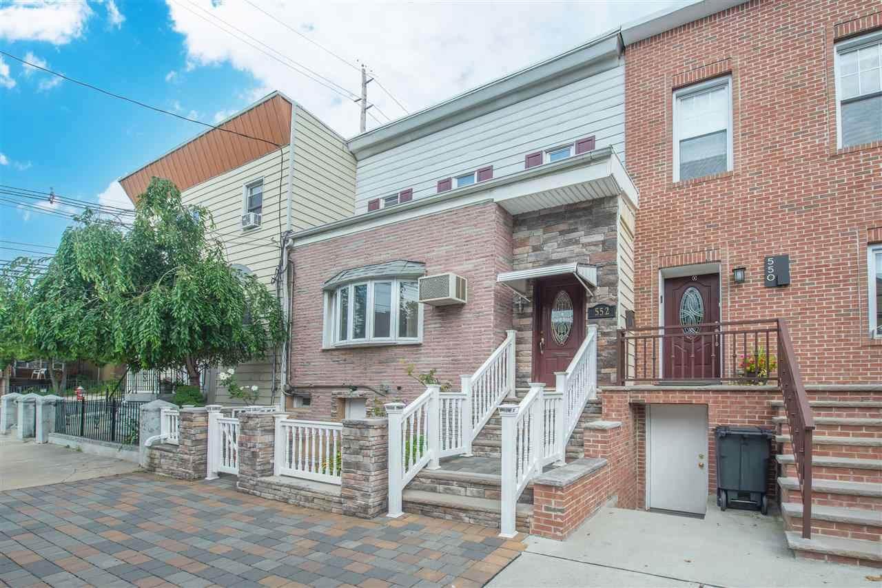 552 Liberty Ave - Photo 1