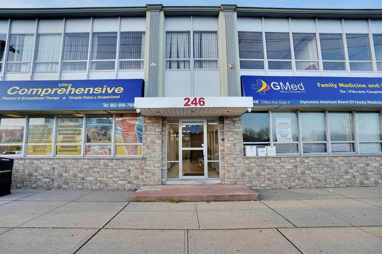 246 Clifton Ave - Photo 1
