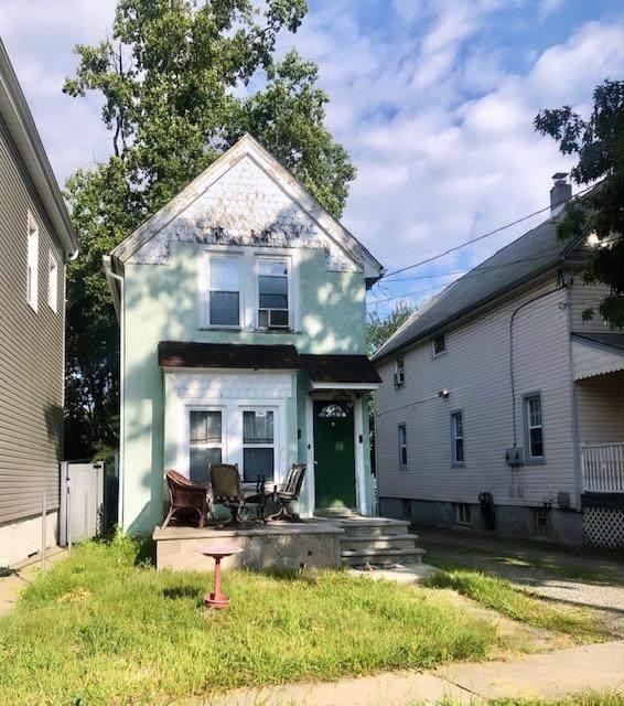 206 Forest St, Montclair, NJ 07042 (MLS #210021018) :: Trompeter Real Estate