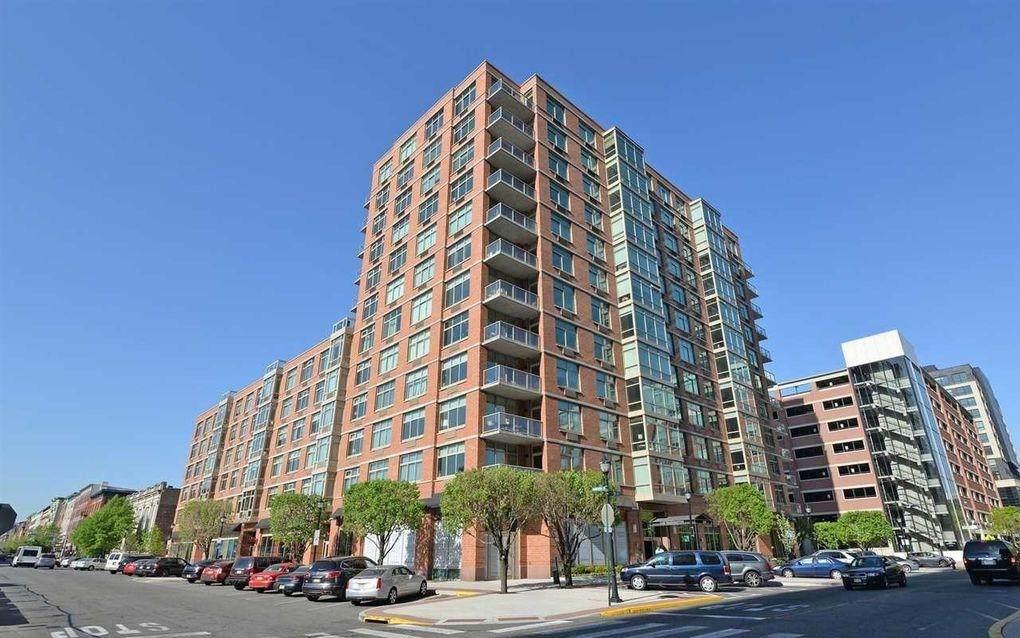 1450 Washington St - Photo 1