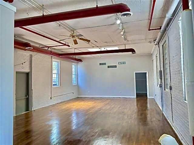 7004 Jackson St, Guttenberg, NJ 07093 (MLS #210022242) :: The Danielle Fleming Real Estate Team