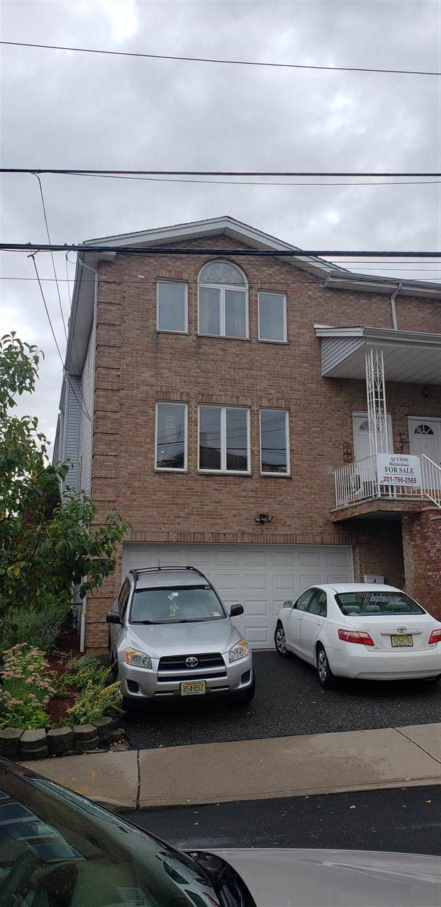220A Cliff St A, Cliffside Park, NJ 07010 (MLS #190016581) :: The Trompeter Group
