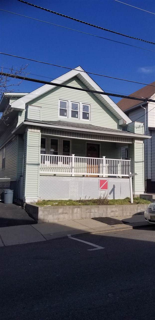 1110 80TH ST, North Bergen, NJ 07047 (MLS #202001500) :: The Trompeter Group