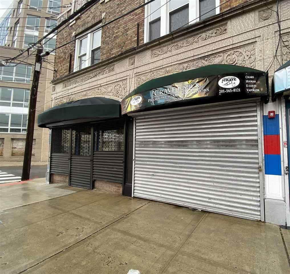 130 Baldwin Ave - Photo 1