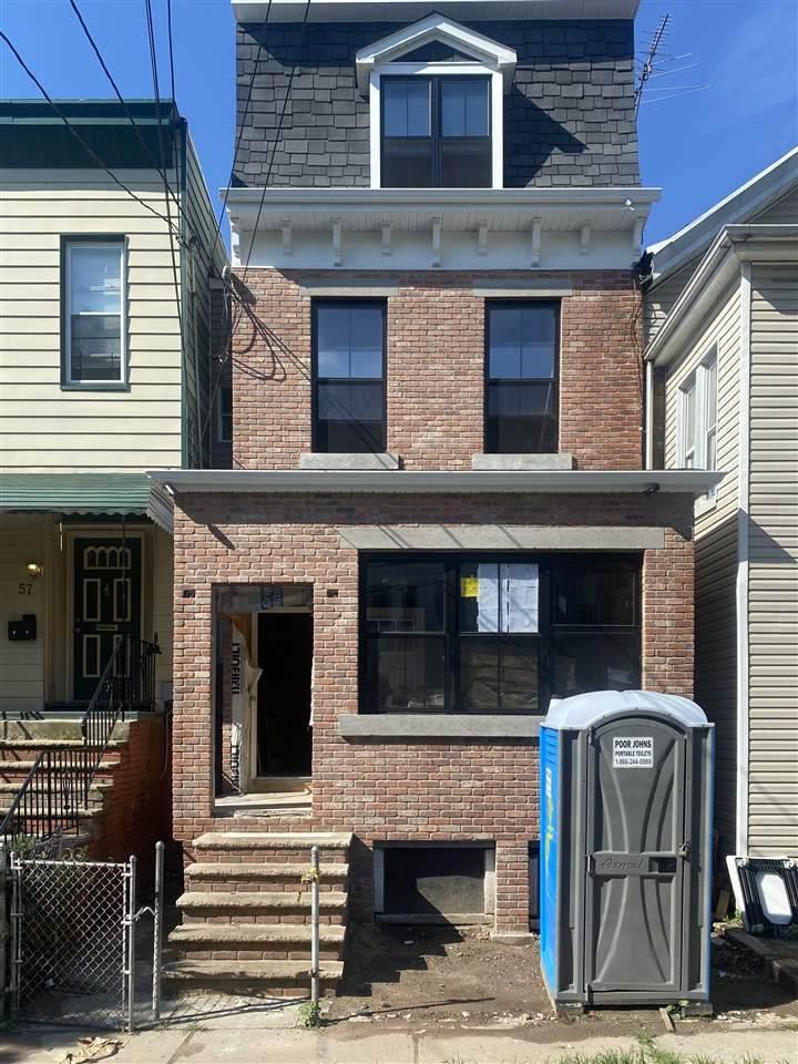 59 Gardner Ave - Photo 1