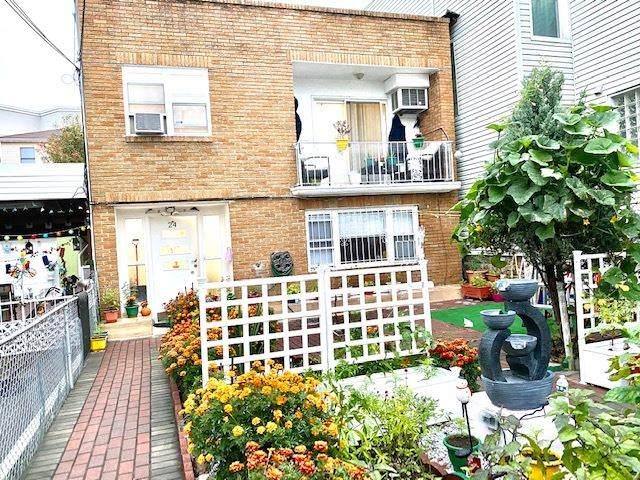 24 Leonard St, Jc, Heights, NJ 07307 (MLS #202024510) :: The Dekanski Home Selling Team