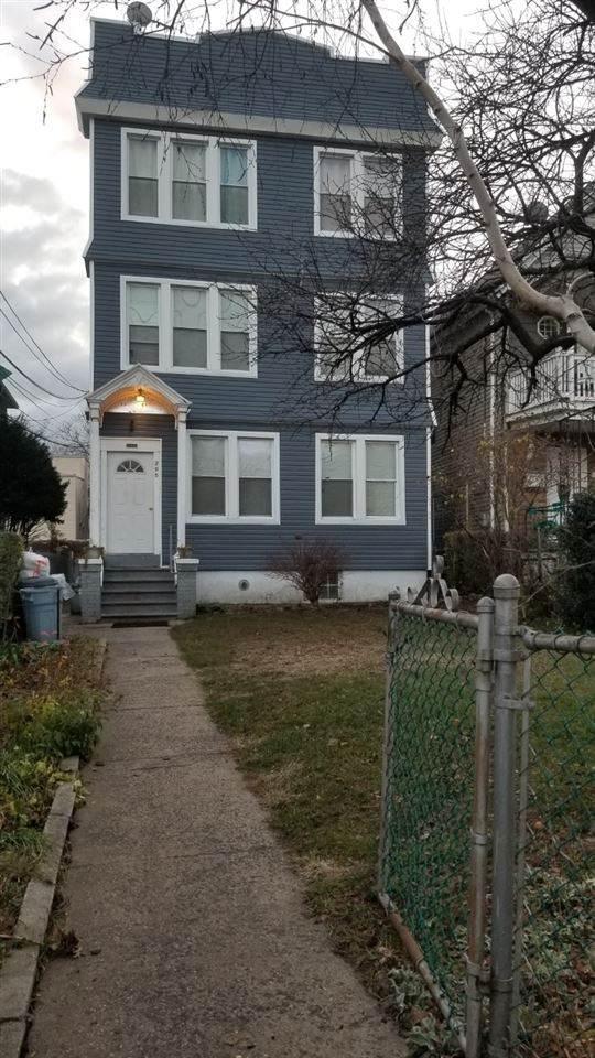205 Duncan Ave - Photo 1