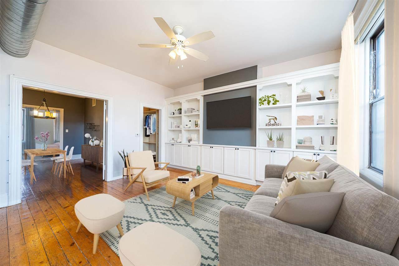 826 Washington St - Photo 1