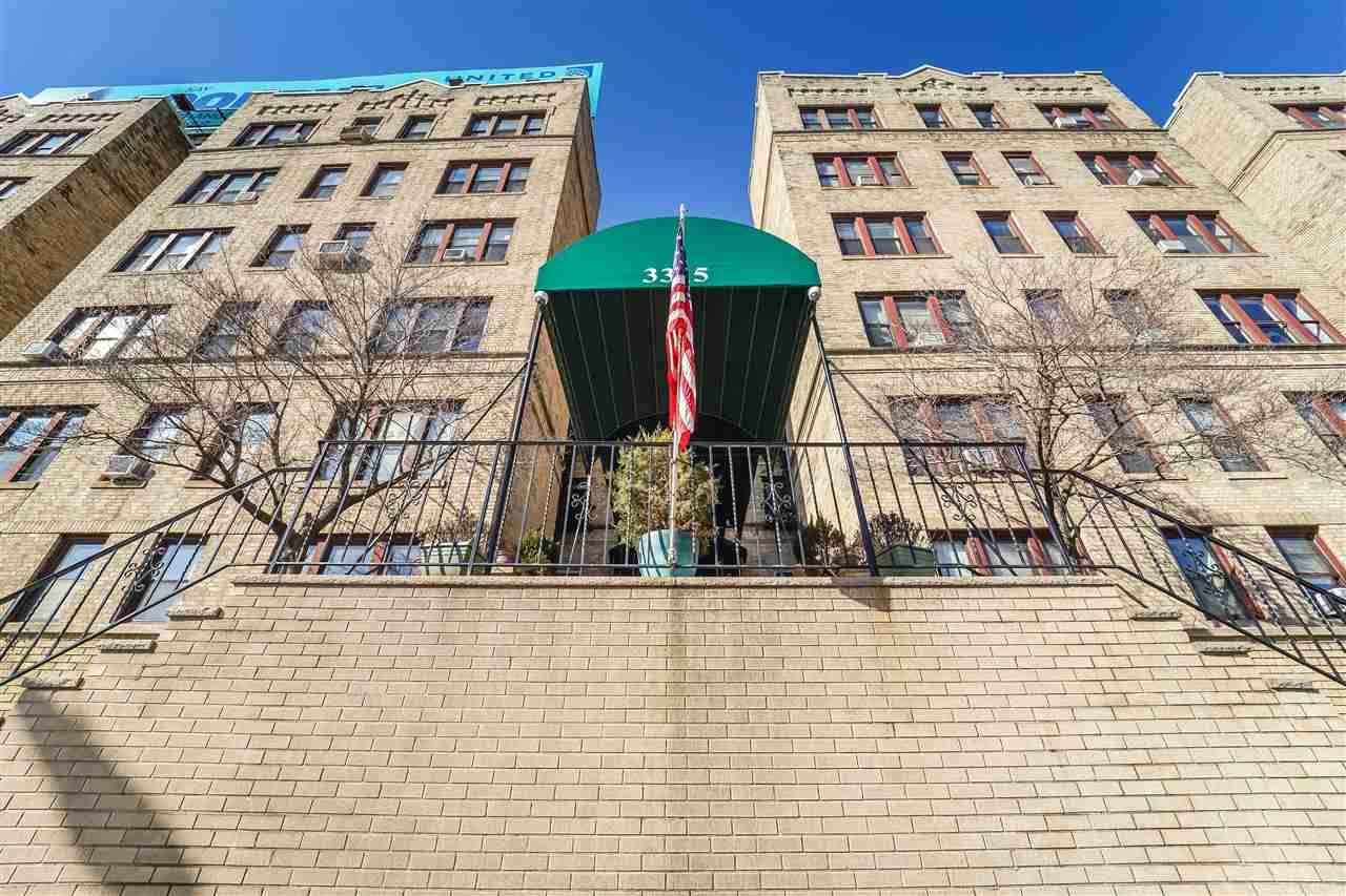 3315 Pleasant Ave - Photo 1