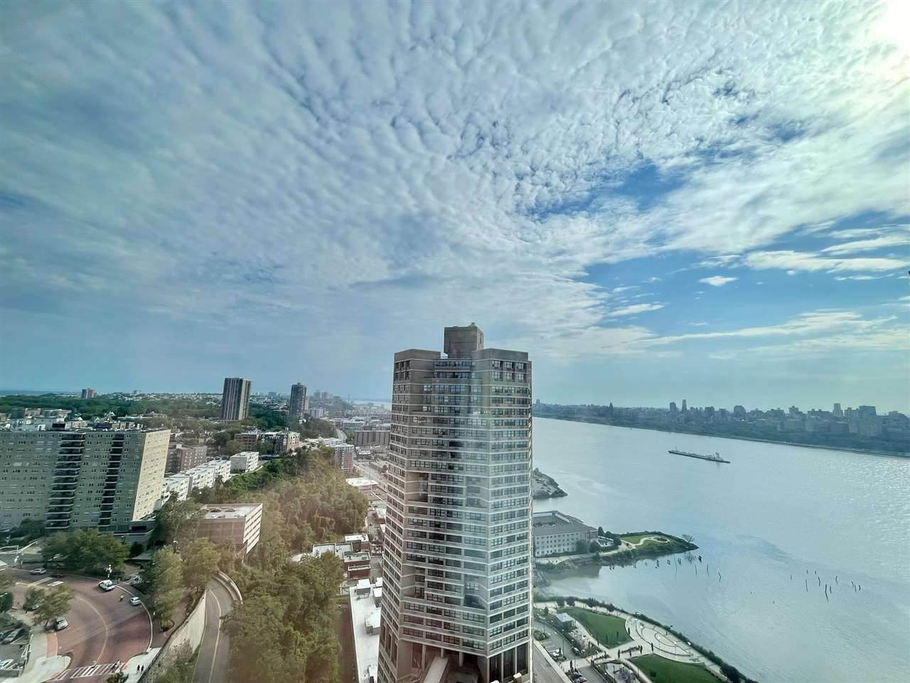 7000 Blvd East - Photo 1