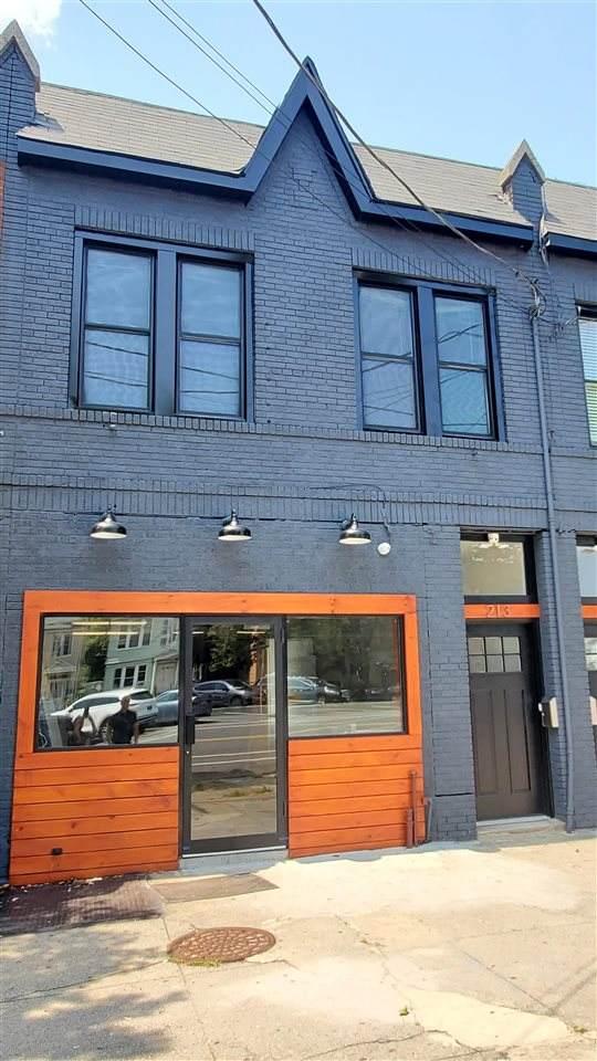 213 Mallory Ave - Photo 1