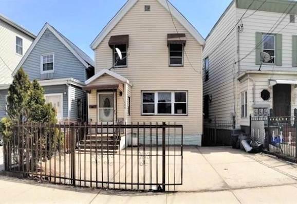 66 Corbin Ave, Jc, Journal Square, NJ 07306 (MLS #202021497) :: Hudson Dwellings
