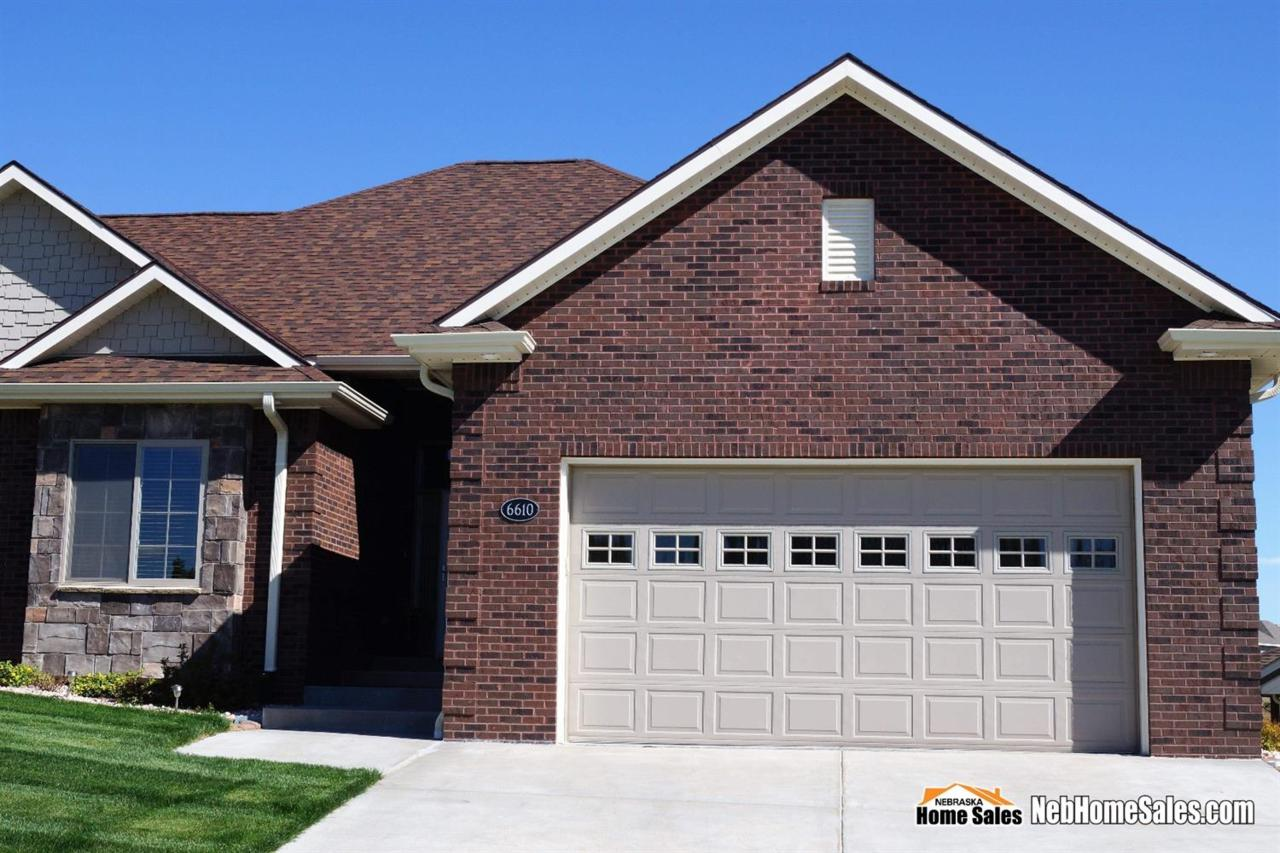 6610 Ashbrook Drive, Lincoln, NE 68516 (MLS #10137142) :: Nebraska Home Sales